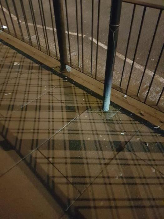 В зависимости от времени суток тротуарная плитка меняет рисунок узора.
