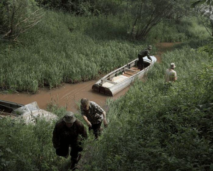 Добраться до общины можно только двумя путями – на вертолете или по реке Кет.