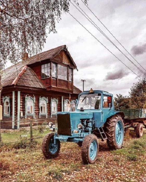 Главный железный помощник, столь необходимый в деревне.