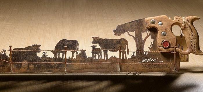 «Ржавые» шедевры – лишь одно из увлечений свободной художницы Синди Чинн.