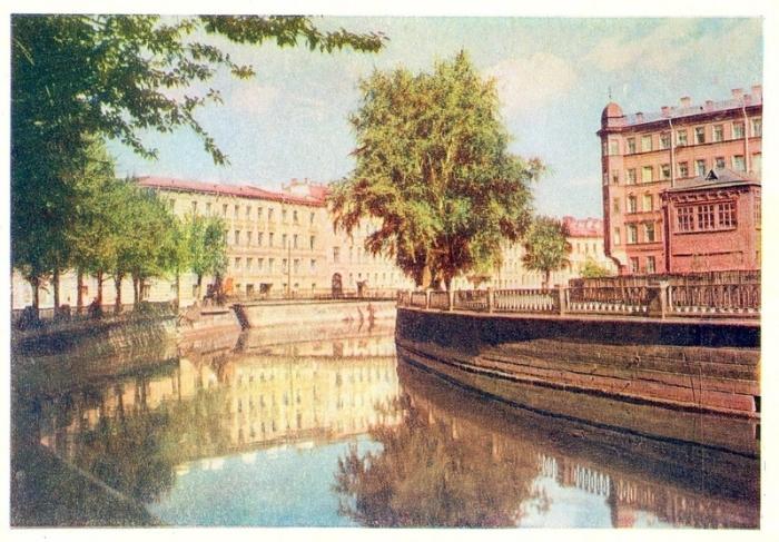 Канал Грибоедова одно из наиболее известных и узнаваемых мест великого города.