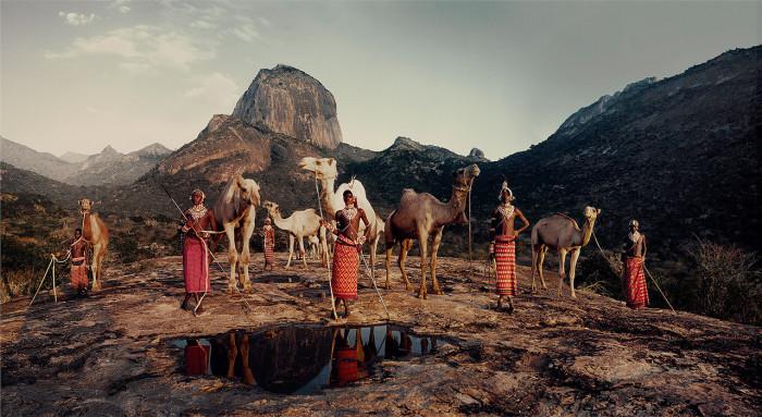 Племя людей самбуру живёт в северной части Кении, где предгорья горы Кения соединяются с северной пустыней.