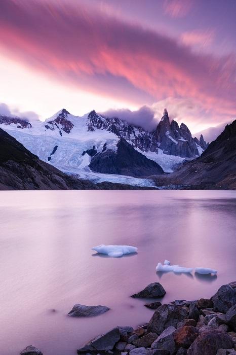 Парк ледников, включающий в себя 13 ледников.