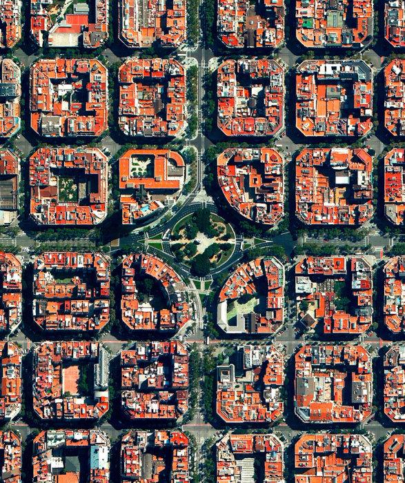 Область характеризуется узором строгое сетки, восьмиугольные пересечения, а также здания с общим двором.