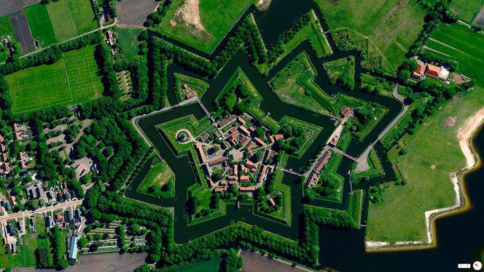 Одной из популярных достопримечательностей Нидерландов является «Звездная крепость».