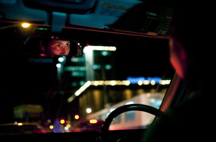 Количество автомобильного транспорта в стране увеличивается с каждым годом благодаря росту экономики.