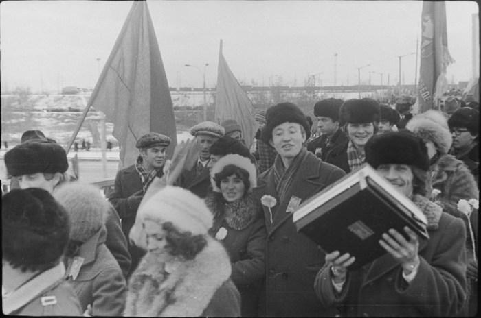 Часто по головному убору можно было определить социальный статус советских граждан.