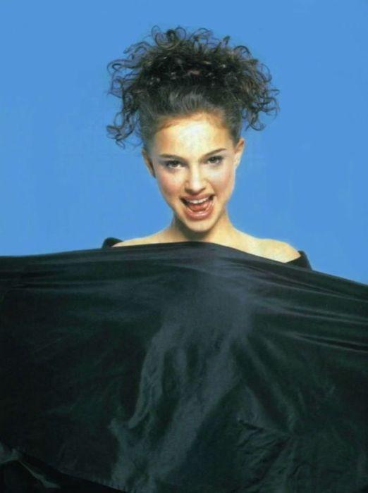 Американская кино- и театральная актриса израильского происхождения.