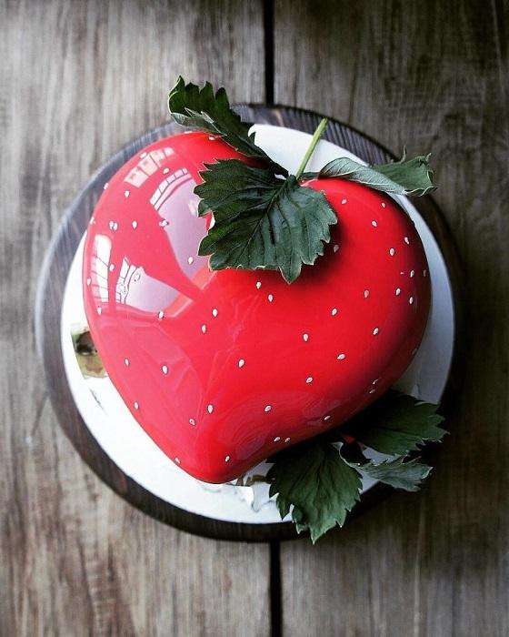 Яркий, сочный и незамысловатый, но такой желанный летний торт.