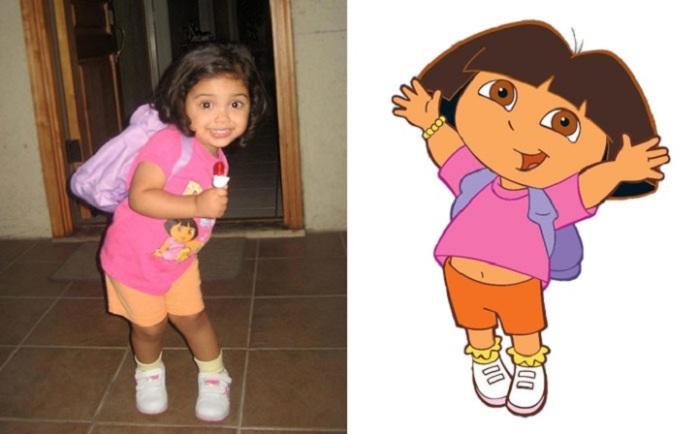 Маленькая девочка выглядит точно так же, как любимая мультипликационная героиня.