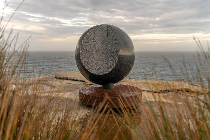 Велиолепая работа австралийского скульптора Сенден Блэквуда. Автор фотографии: (R. Duggan) Р. Дугган.