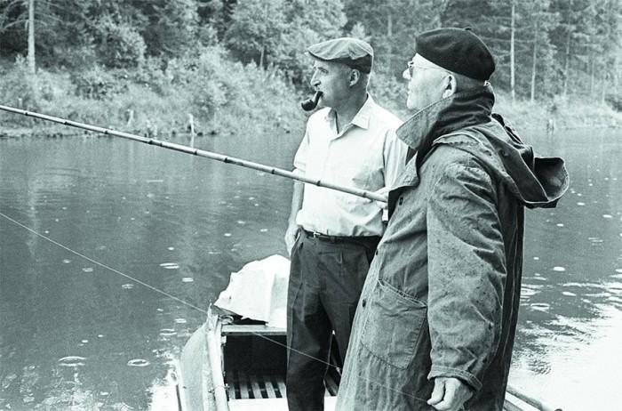 На рыбалке, 1966 год.