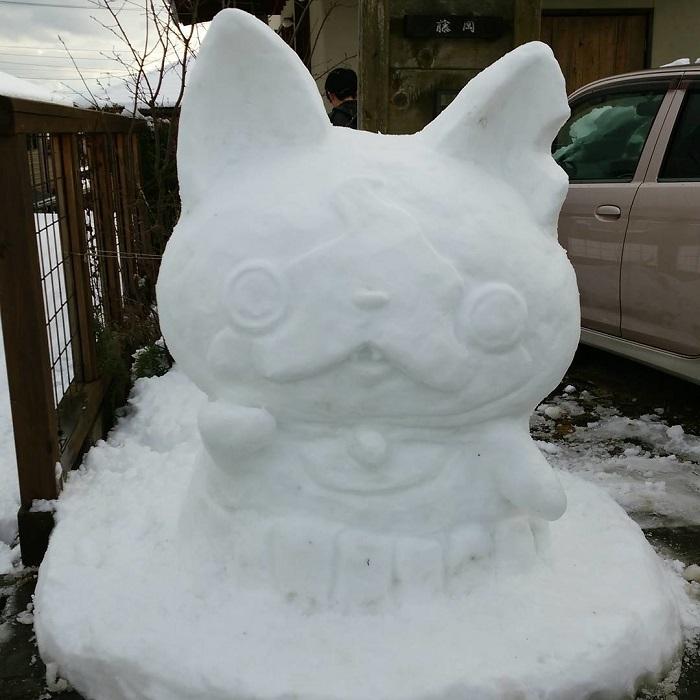 Снеговики по-японски отличаются детализированностью – вот это мастерство!