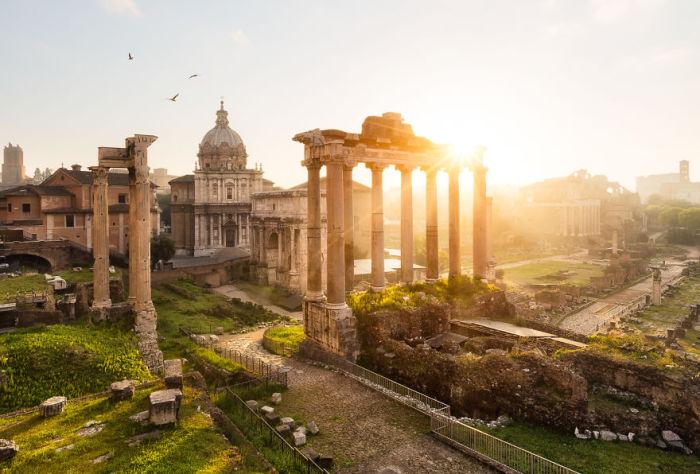Миниатюрное государство в западной части Рима, на холме Монте-Ватикана.