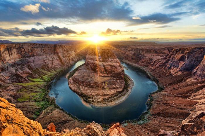 Рассвет над рекой Колорадо, США.