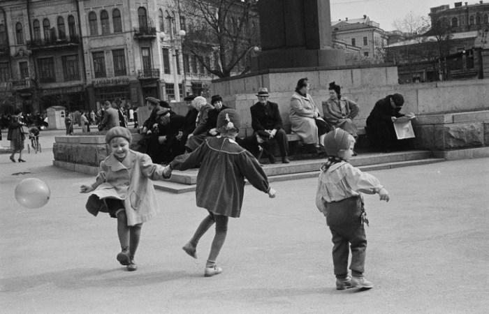 Нехитрые игры городских детей.