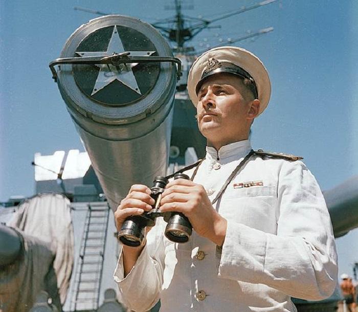 Капитан-лейтенант А. Б. Шумаков на линейном корабле «Севастополь» Черноморского флота.