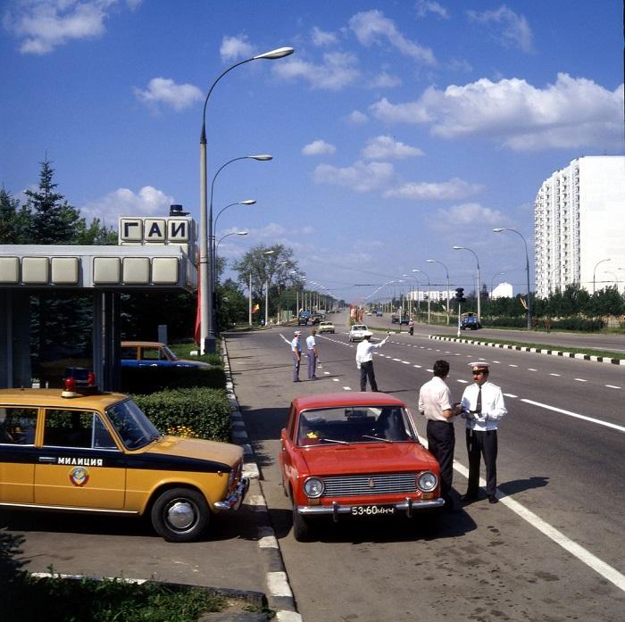 Пост-пикет Госавтоинспекции в Чертаново – жилом районе на юге Москвы.