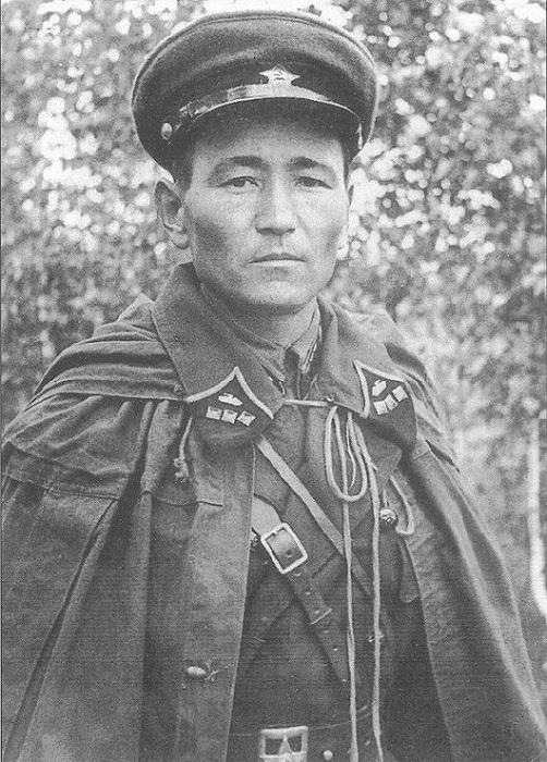 Последний портрет старшего лейтенанта Гапсы Джумалиевича Исказиева.