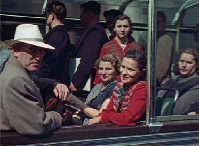 Советский автопром можно встретить и в наши дни.