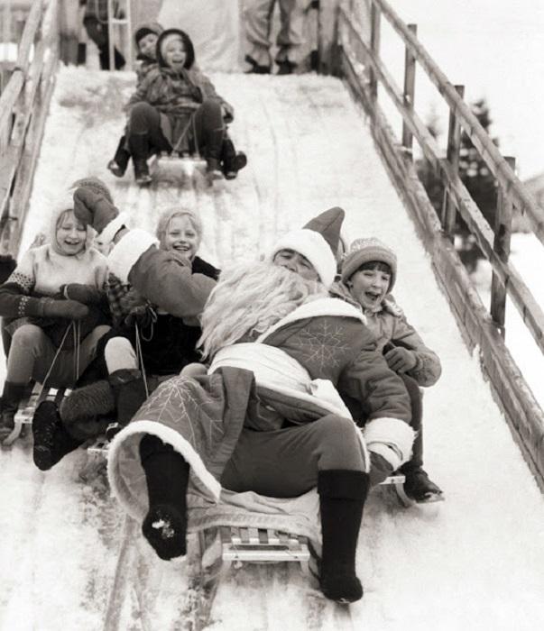 Зимние забавы вдвойне веселее, когда с нами катается сам дед Мороз.