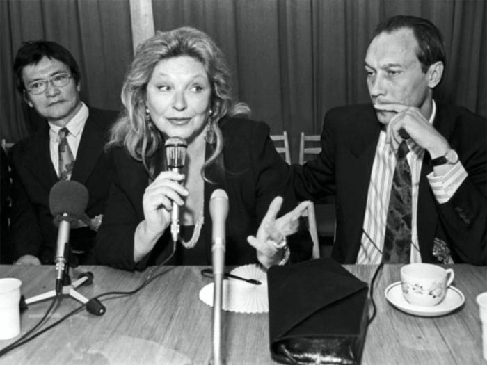 На презентации исторического фильма по роману Ясуси Иноуэ «Сны о России». 4 мая 1992 года. Фото Олега Булдакова.