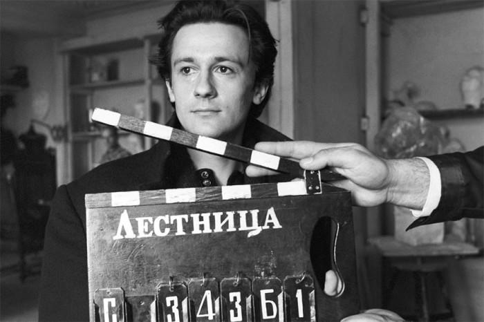 Обаятельный, один из самых известных и любимых актёров страны. 15 июня 1992 года. Фото Владимира Яцина.