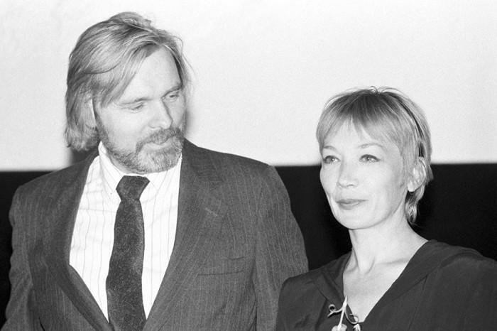 Актеры на показе американского фильма «Пленник времени» на Московском Международном фестивале. 8 июля 1993 года. Фото Алексея Антонова.
