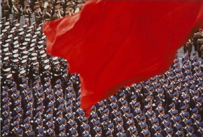 Великолепный парад на Красной площади. 9 мая 1984 года.