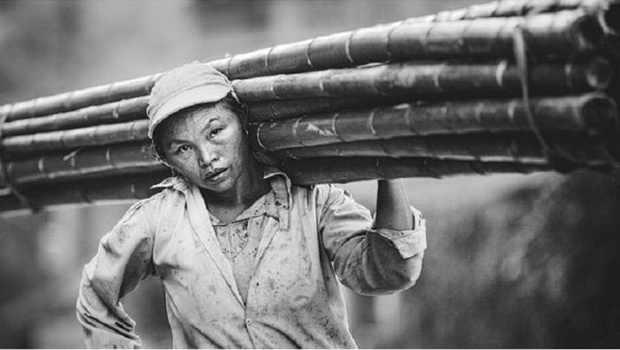 Томас Джеппесен, в своей коллекции, передаёт трудолюбие вьетнамского народа.