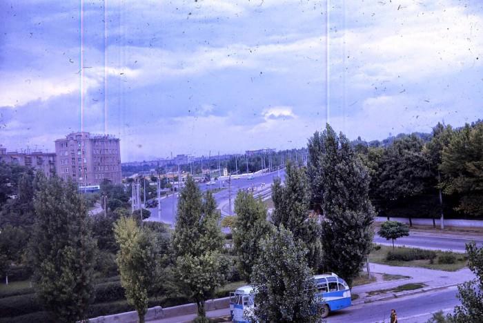 Гостиница, расположена в одном из красивейших районов города, является наиболее удобным местом проживания для отдыха в Одессе.