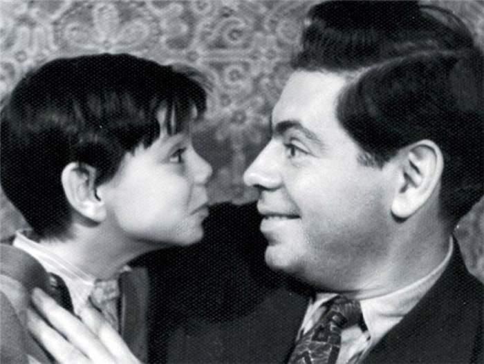 Юморист с сыном Костей.
