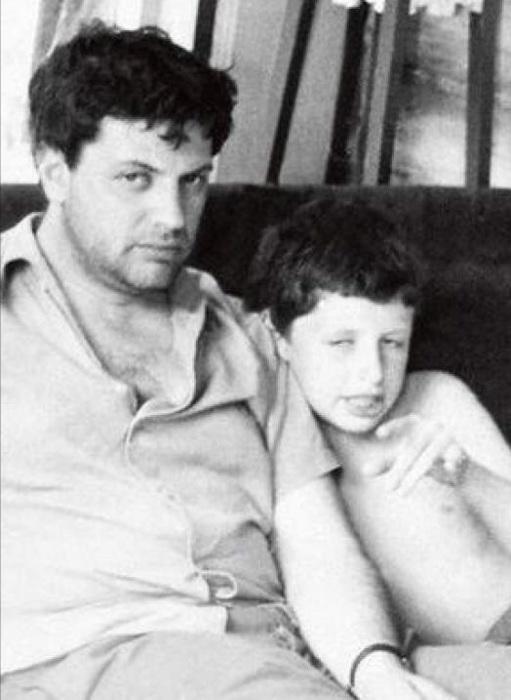Народный артист с сыном Михаилом.