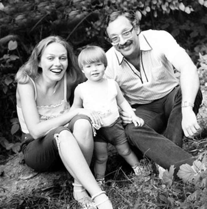 Наталья с супругом Максимом и сыном Дмитрием.