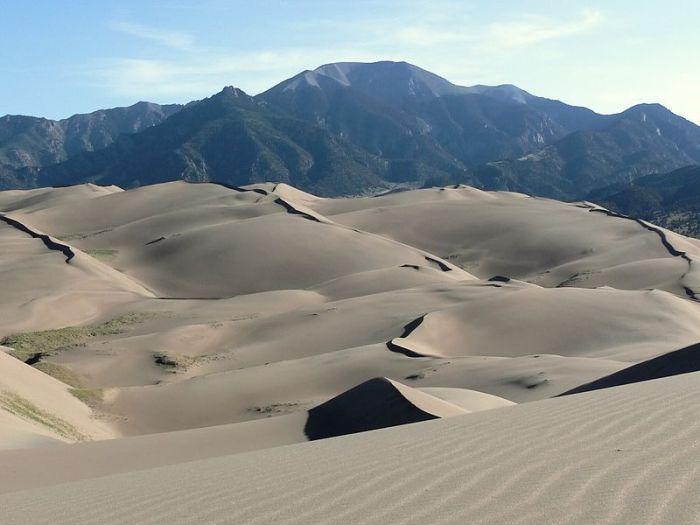 В парке находятся самые высокие песчаные дюны во всей Северной Америке.