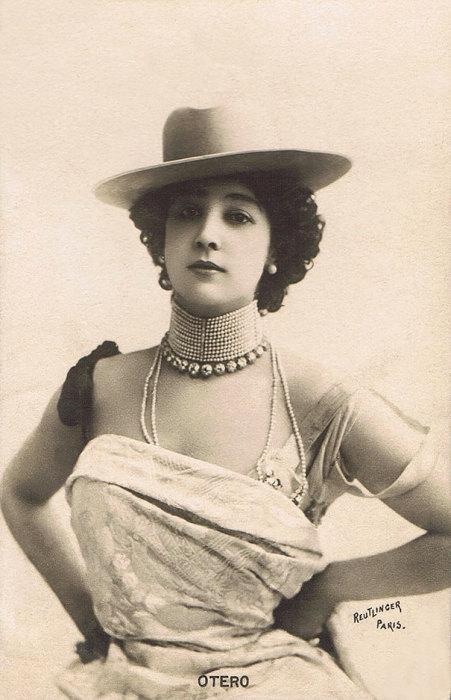Французская певица и танцовщица испанского происхождения, последняя куртизанка Европы.