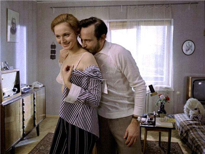 После гибели второй жены Лановой женился на Ирине Купченко. У них два сына - Александр и Сергей - которых супруги назвали в честь Пушкина и Есенина.
