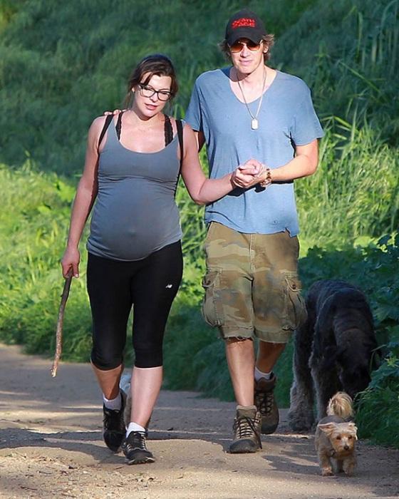 У актрисы Милы Йовович и режиссера Пола Андерсона 1 апреля родилась прекрасная девочка Дашиэль Иден.