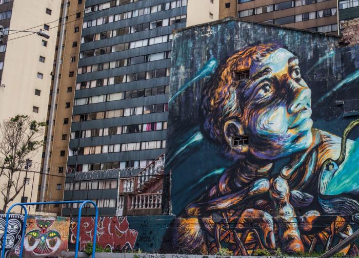 Убийство полицейскими уличного художника-граффиста привело к многочисленным протестам.