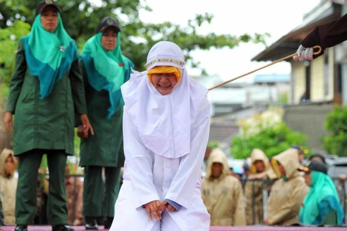 Исламские законы существуют и по сей день.