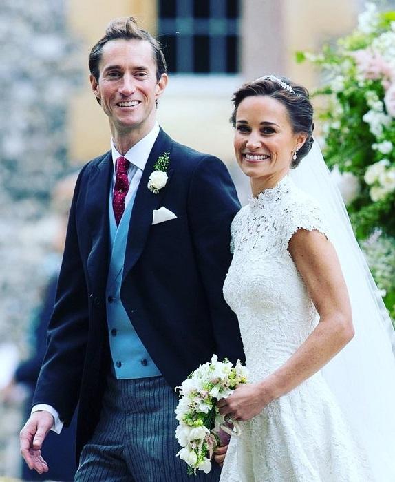 Приглашение на торжественное мероприятие получили младшая сестра герцогини Кембриджской вместе с супругом-миллионером.