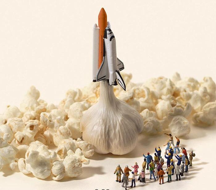 Запуск космического «корабля».