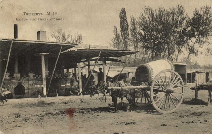 Большое количество небольших базаров Ташкента, где можно укрыться от зноя и пыли.