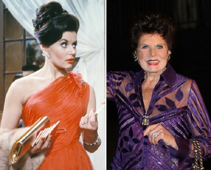 Британская актриса Юнис, сыграла первую в истории девушку Джеймса Бонда, Сильвию Тренч, в фильме «Доктор Ноу» 1962 года, а затем — в фильме «Из России с любовью» 1963 года.