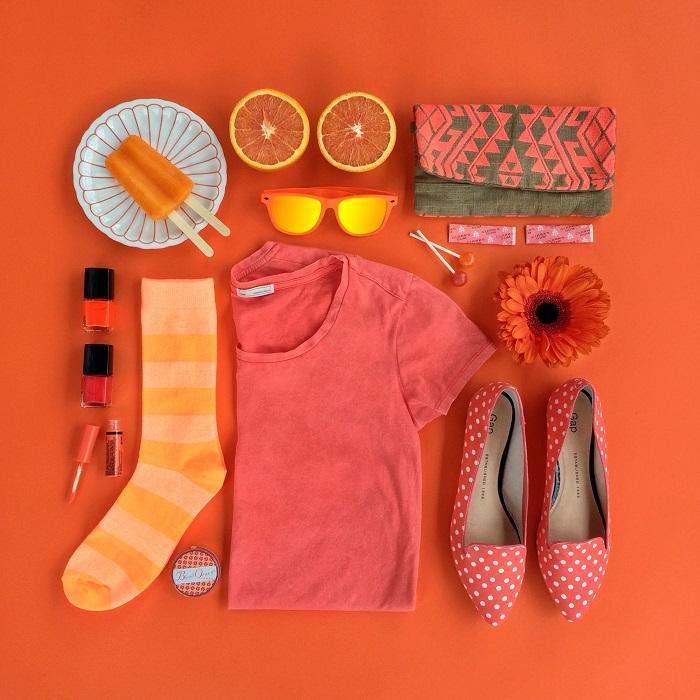 Красный и оранжевый - насыщенные и яркие цвета, которые несут тепло и уверенность.