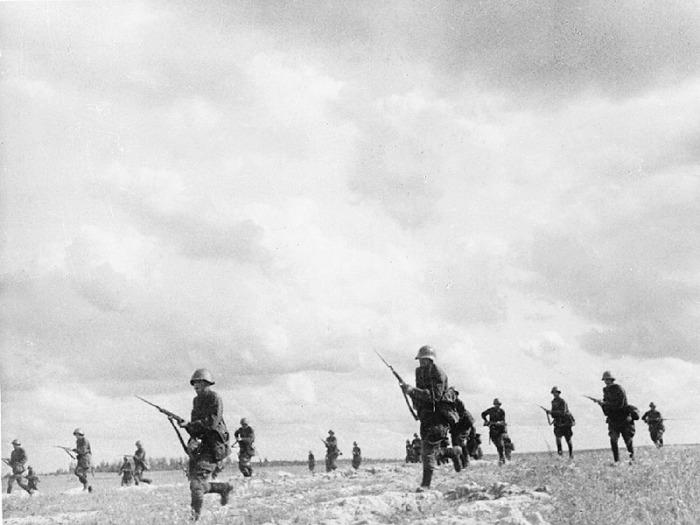 Обороняющие войска под Донецком в октябре 41-го года.