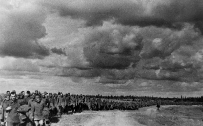 Пленные красноармейцы, лето 1941 года.