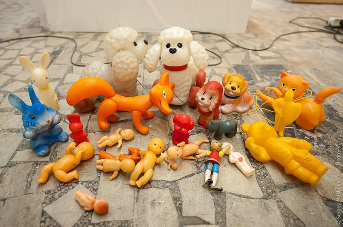 Советские игрушки, которые были практически у каждого ребёнка того времени.