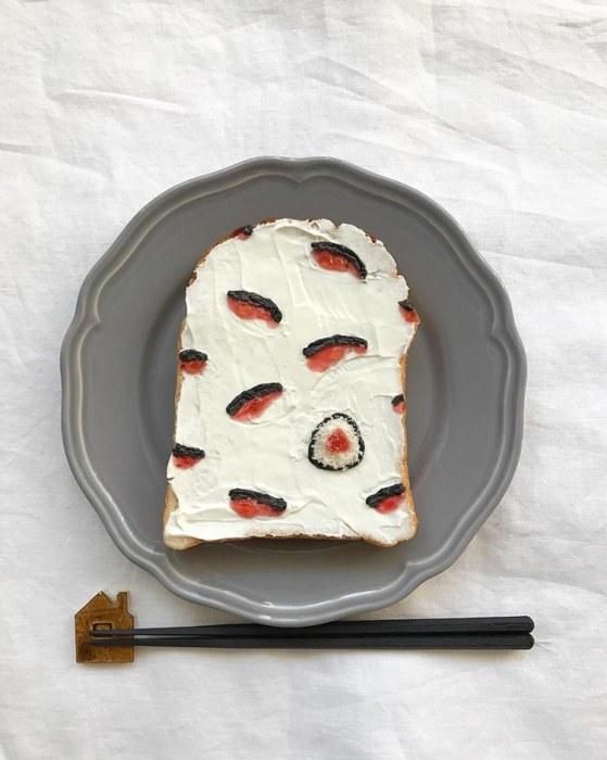 Такой рисунок для тоста Эйко Мори придумала после утренней ссоры с дочерью.