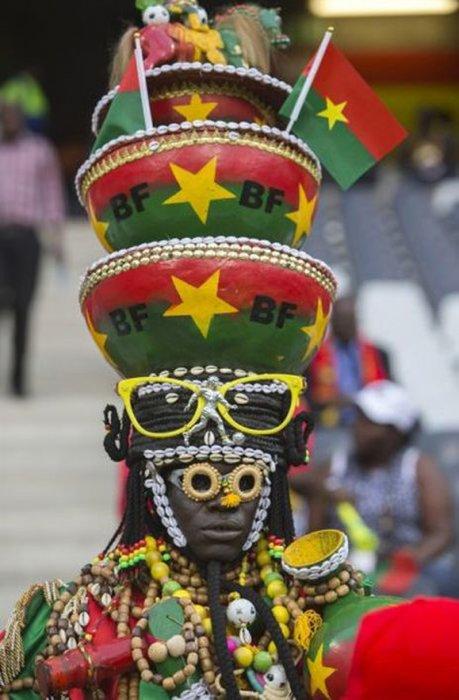 Болельщик во время матча за кубок Африки между Буркина-Фасо и Замбией.
